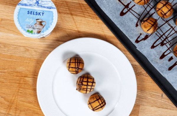 Recept: Jogurtové perníčky s čokoládovou polevou